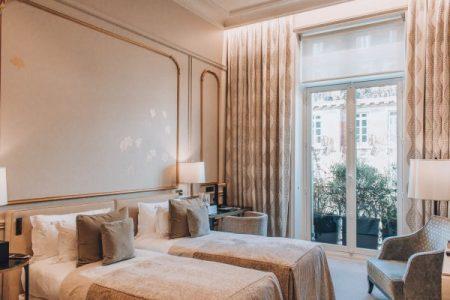 Le-Narcisse-Blanc-Hotel