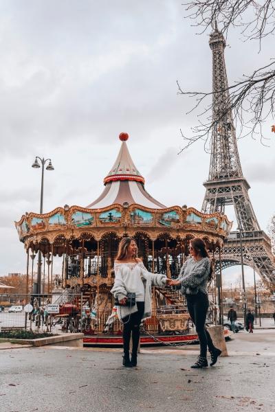 Carousel-Paris